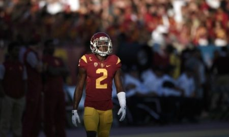 Adoree Jackson splits interception